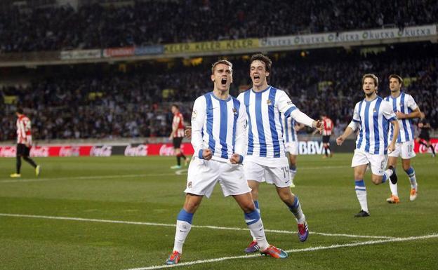 Antoine Griezmann celebra un tanto logrado con la Real SociedadEFE