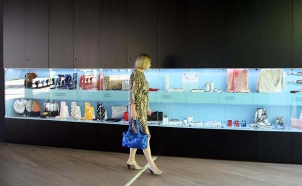 El Museo Cristóbal Balenciaga abre una ventana a las ...