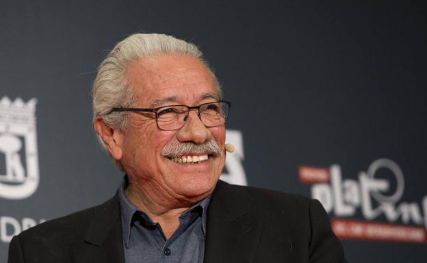 Edward James Olmos.