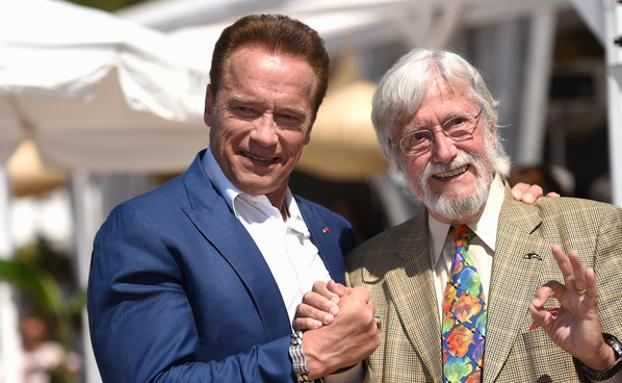 Arnold Schwarzenegger y Jean-Michel Cousteau posan en un photocall del documental 'Wonders of the Sea 3D', que se proyectará en el Zinemaldia./