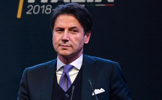 Nombran primer ministro interino en Italia hasta la celebración de nuevas elecciones