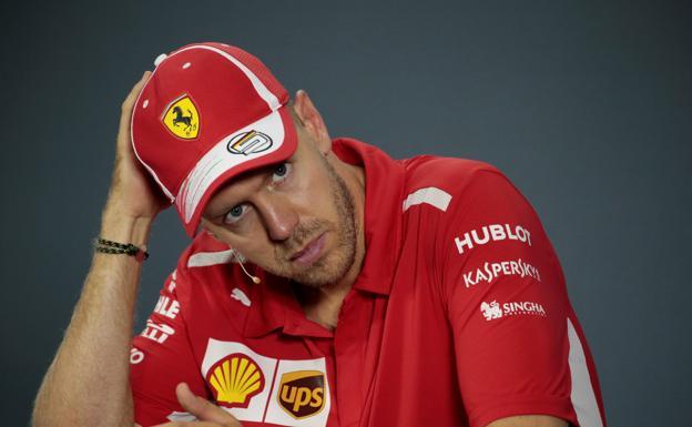 F1: Se lleva Lewis Hamilton el Gran Premio de Singapur