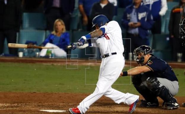 Fallece anciana que recibió pelotazo en partido de los Dodgers