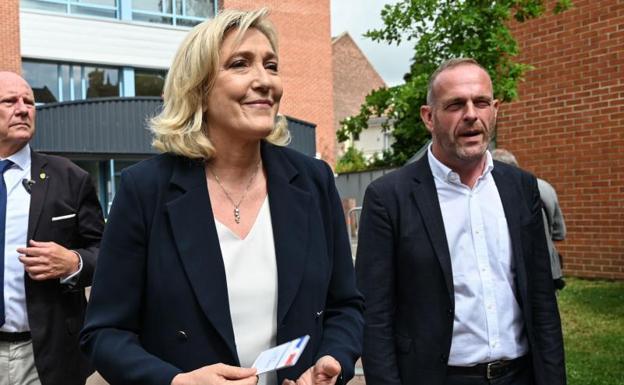 Revés a ultraderecha de Francia a un año de comicios presidenciales