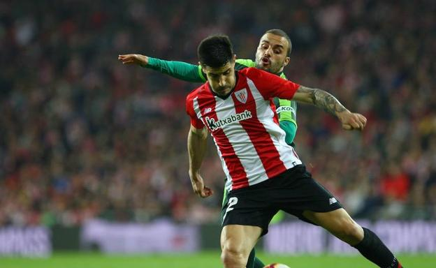 Pedro León, en el derbi ante el Athletic /Arizmendi