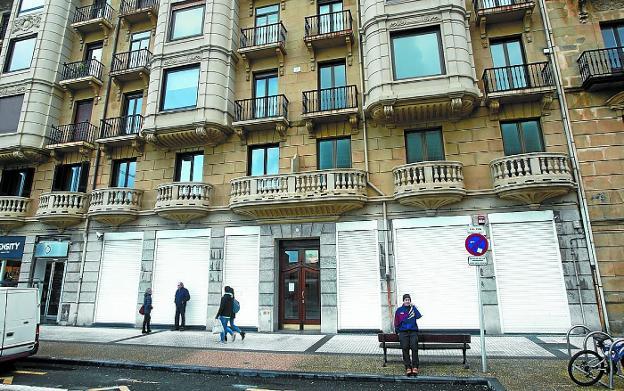 3d5cfb26c39 El Corte Inglés llega a Donostia con una tienda abierta hasta las 2 de la  madrugada