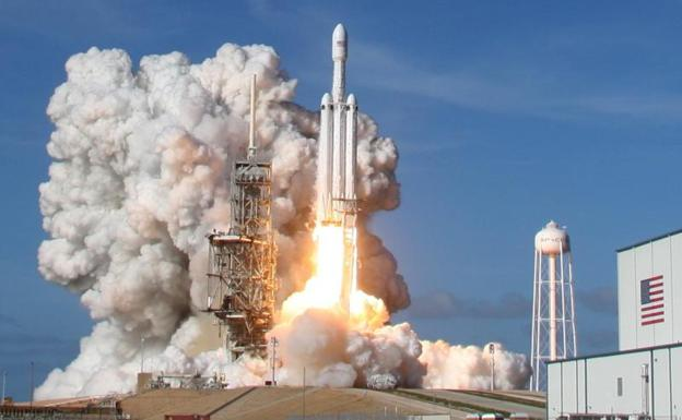 Qué le espera a SpaceX tras el exito del lanzamiento del Falcon ...