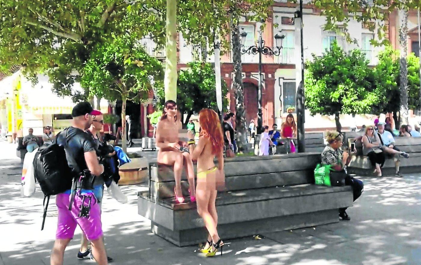Actrices Porno En Madrid En Plena Calle el porno salta a la calle   el diario vasco