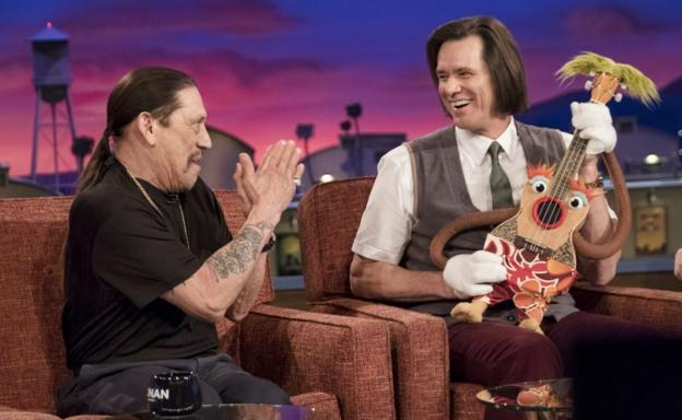 Danny Trejo y Jim Carrey, en 'Kidding'.