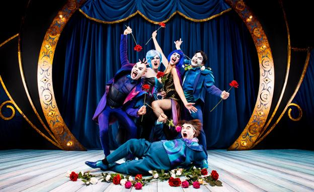 Batalla de egos. Los cantantes líricos protagonistas de 'The Opera Locos', el espectáculo que podrá verse en el Amaia este sábado./