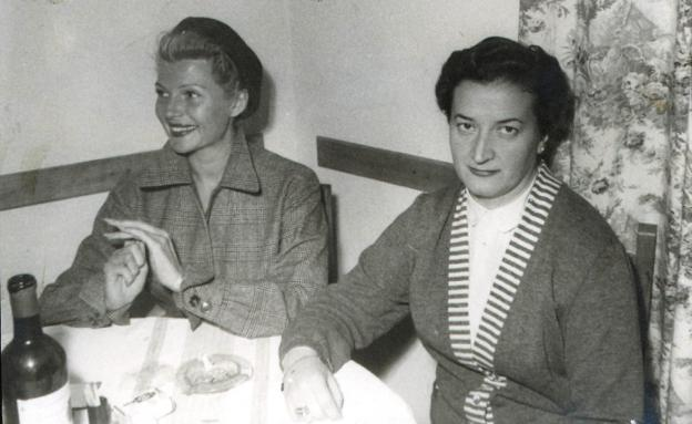 Rita, accompanied by Rosario, from the Salduba restaurant.